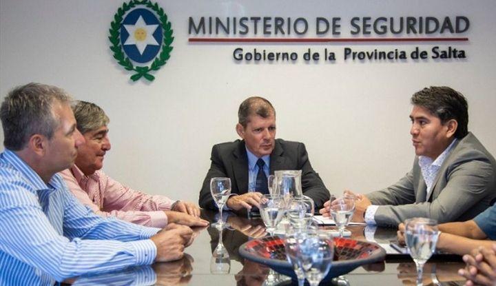 Zona de Azar Argentina - Salta: Funcionarios de Seguridad se ...